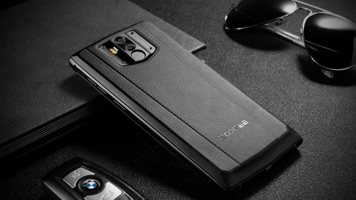 A Smartphone With a Behemoth Battery You Could Actually Slip in a Pocket