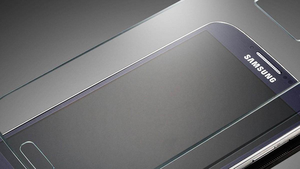 ¿Qué protectores de pantalla son mejores, de cristal o de plástico?