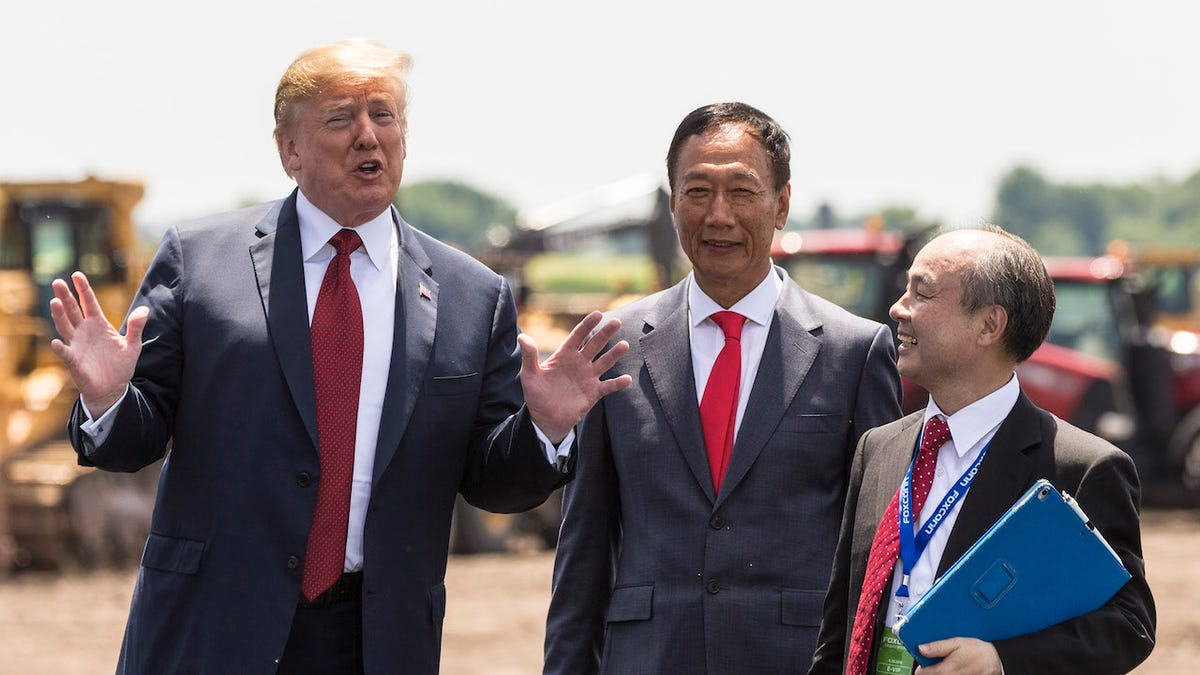Foxconn Admits It's Not Building a Factory in Wisconsin Anymore Despite Scoring $4 Billion Deal From Taxpayers