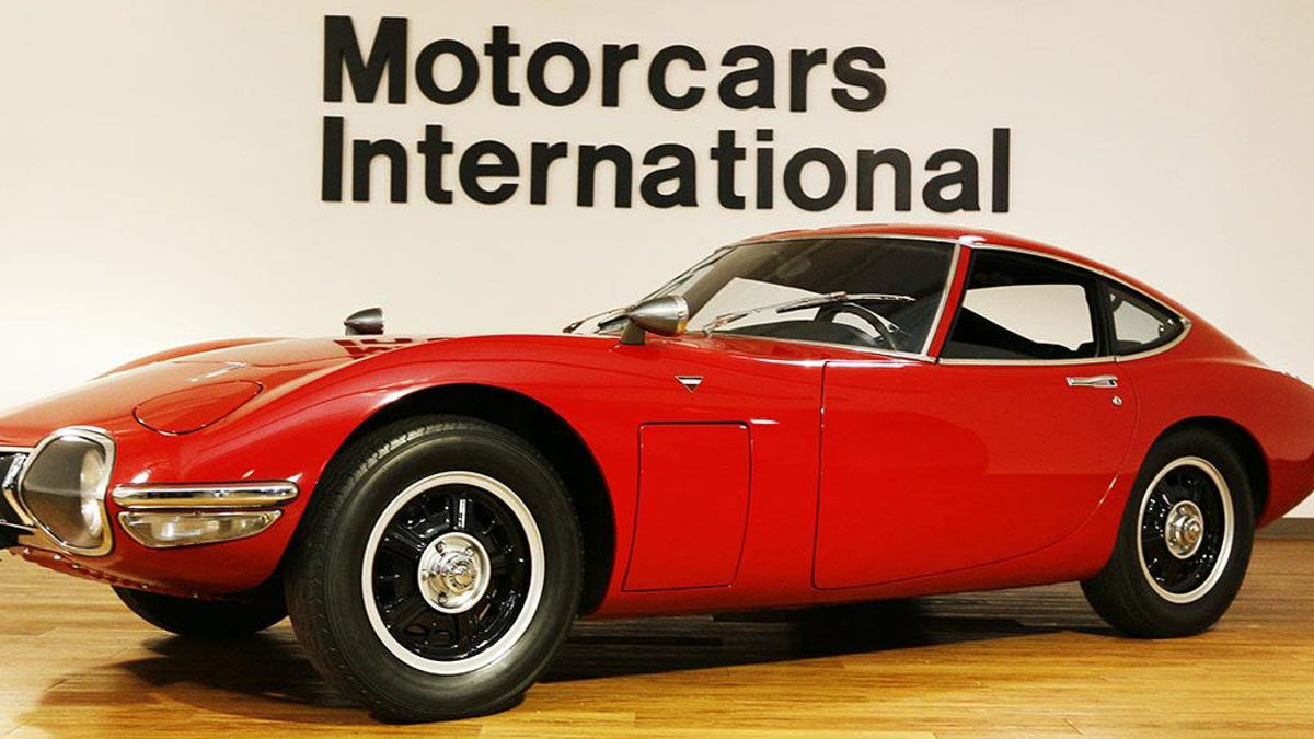 Why Buy A Million-Dollar Hypercar When You Can Buy This Pristine 1967 Toyota 2000GT Instead?