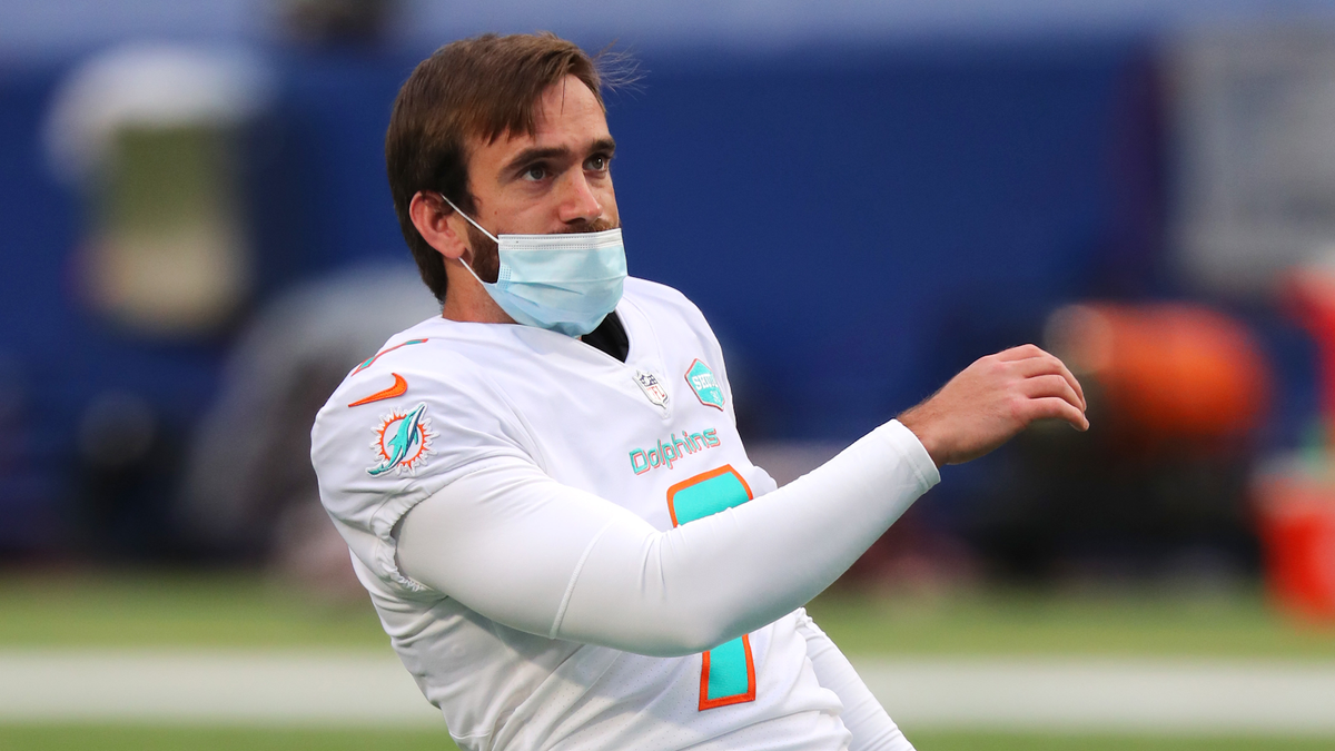 Dolphins dual-threat Jason Sanders becomes league's highest-paid kicker with $22 million deal
