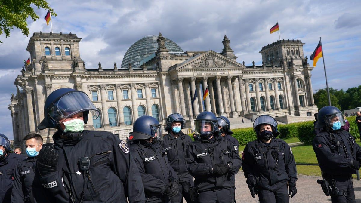 Server Hosting Leaked Secret U.S. Police Files Seized by Germany