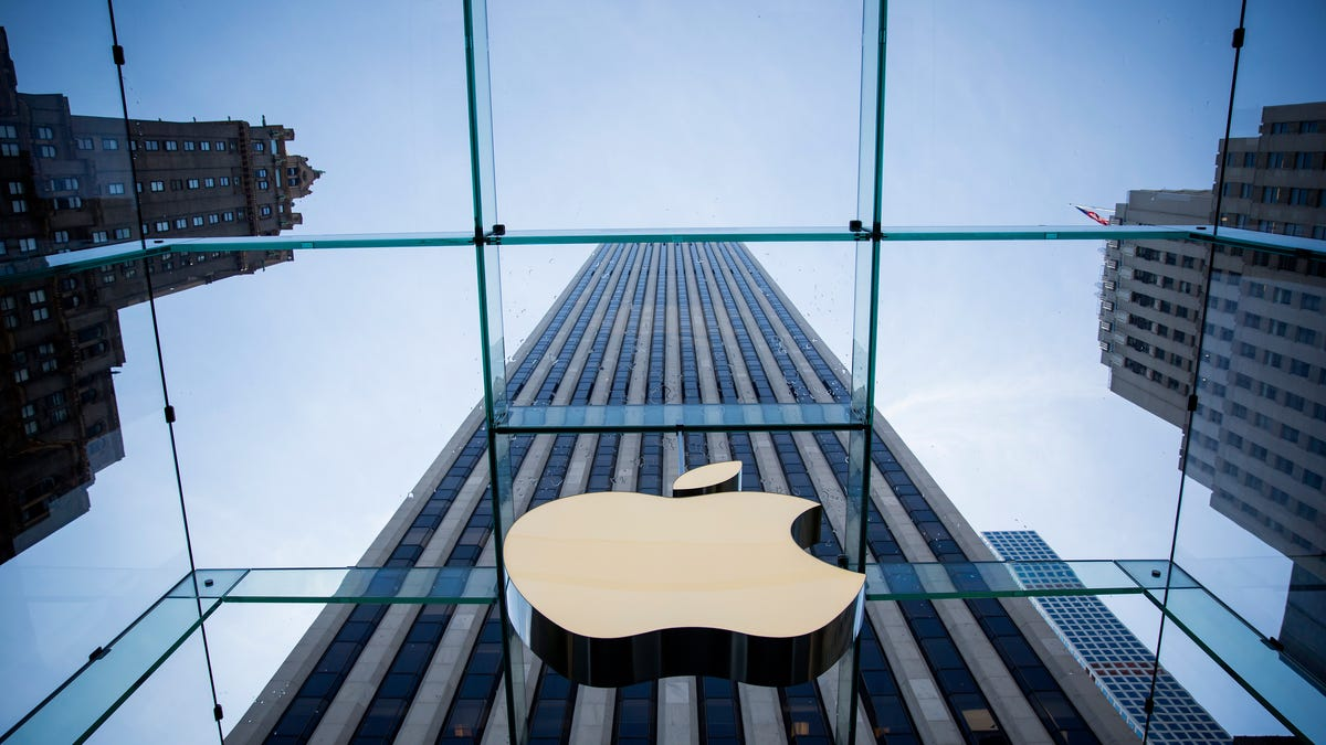 Apple Reportedly Aiming to Launch Self-Driving Cars By 2024