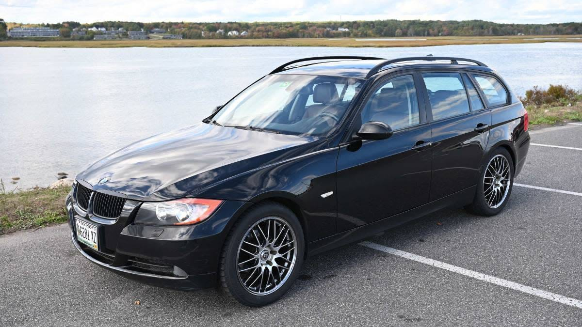 At $9,900, Will This Sensibly Optioned 2007 BMW 328xi Prove An Equally Sensible Deal?