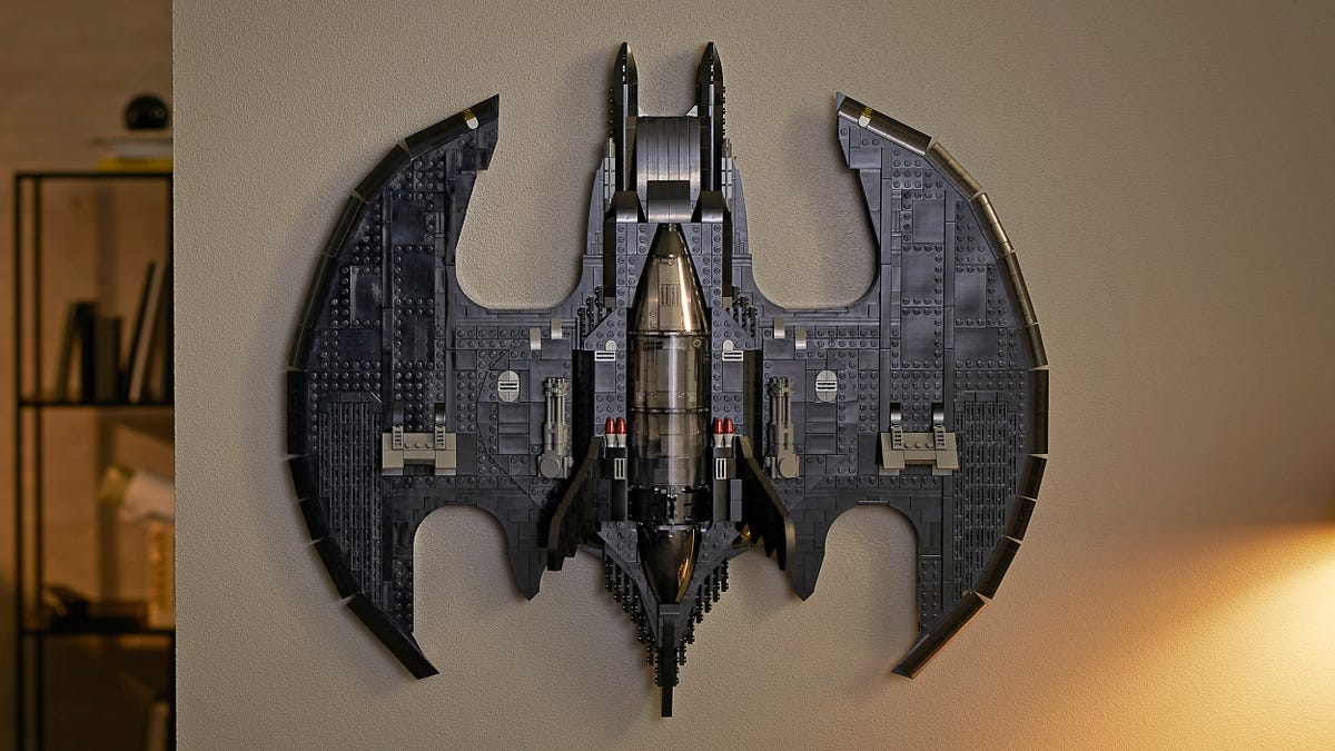 Lego's New Batman 1989 Batwing Is a Work of Art You Can Actually Hang on Your Wall