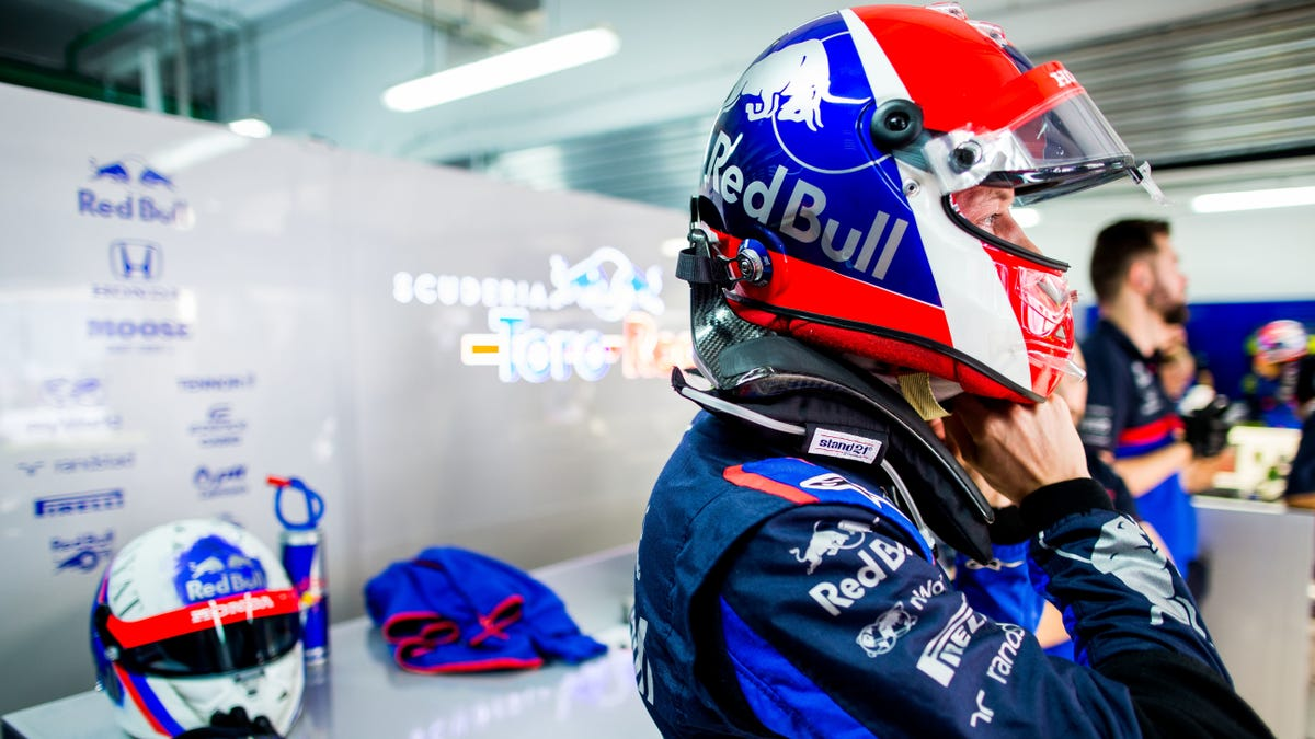 F1's Helmet Design Limit Once Again Proves That It Is The Stupidest Rule In Racing
