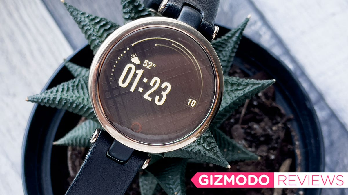 The Garmin Lily Makes a Compelling Case for Smaller Smartwatches
