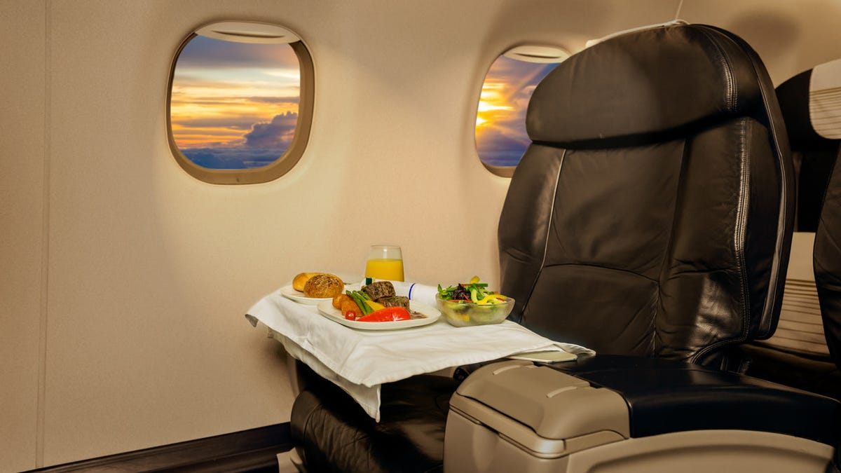"""Airline launches """"farm to plane"""" meals with veggies grown a mile from the runway"""