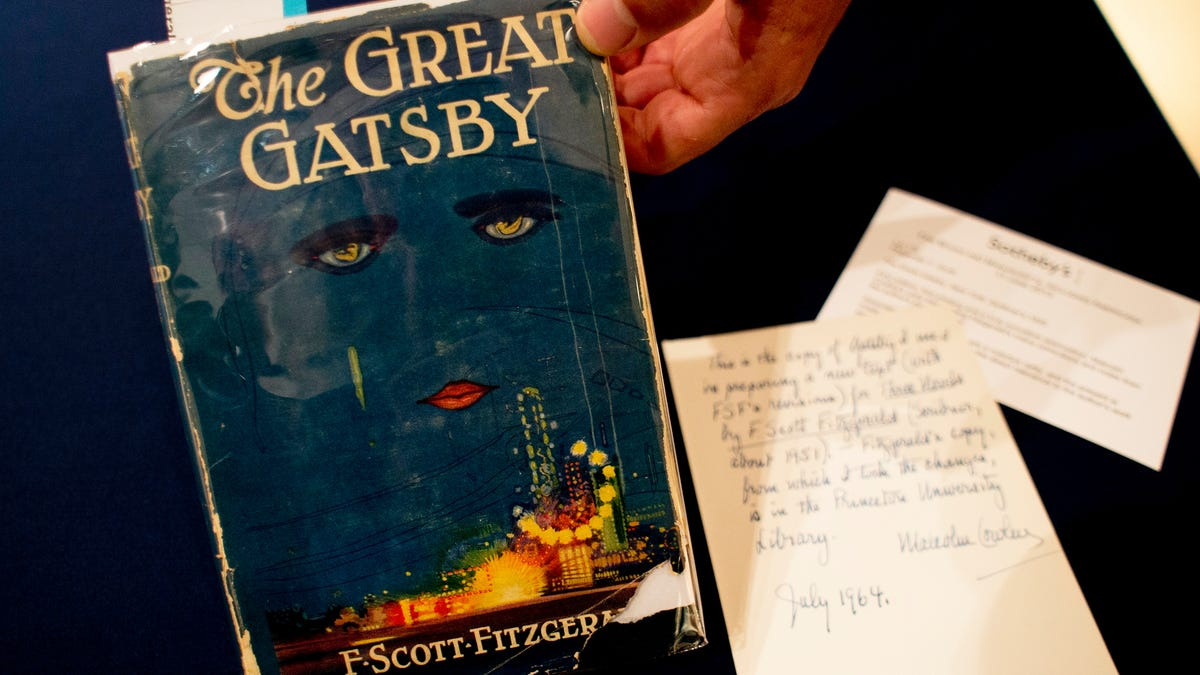 Writ Large podcast tackles the literary legacy of The Great Gatsby