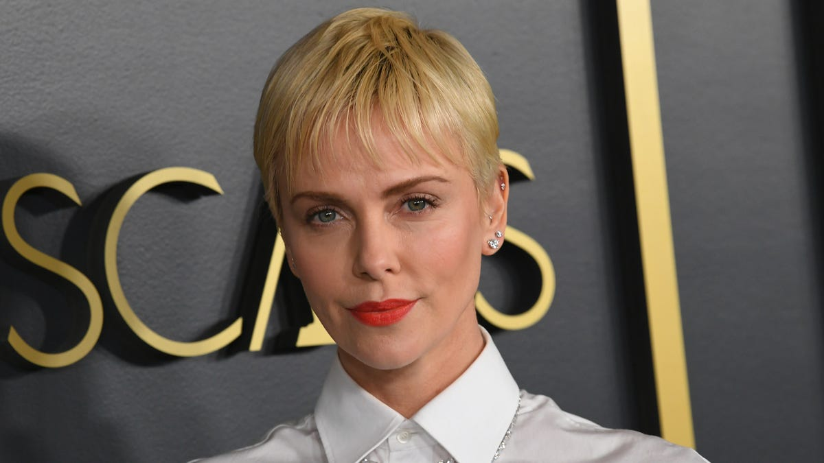 Charlize Theron Is Dating Herself, Which Is Smart