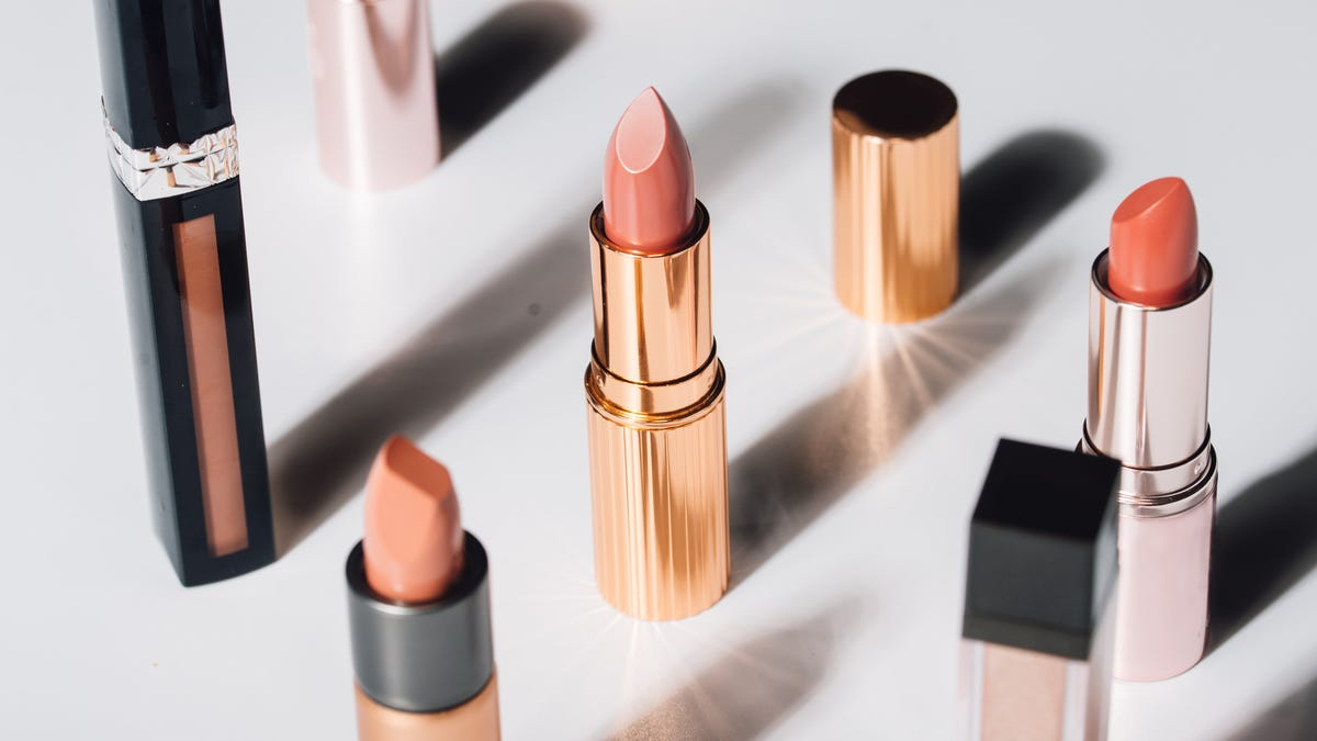 How to Virtually Try on Lipstick Using Pinterest
