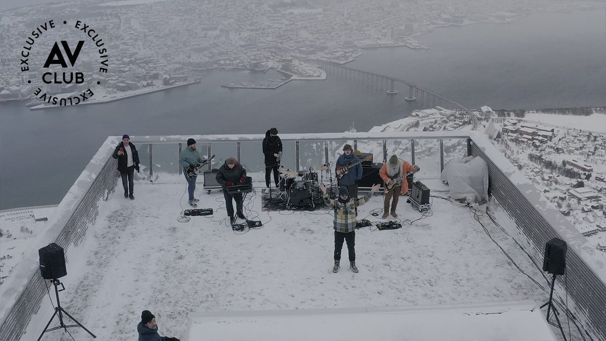 Watch a metal band play atop cable cars above the Arctic Circle