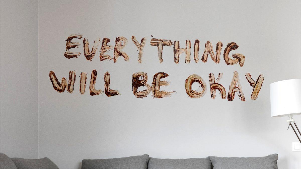 Verrückt, In Quarantäne, Psychische Gesundheit Experten Empfehlen Sprüchen 'Alles Wird Gut' In Kot An Der Wand