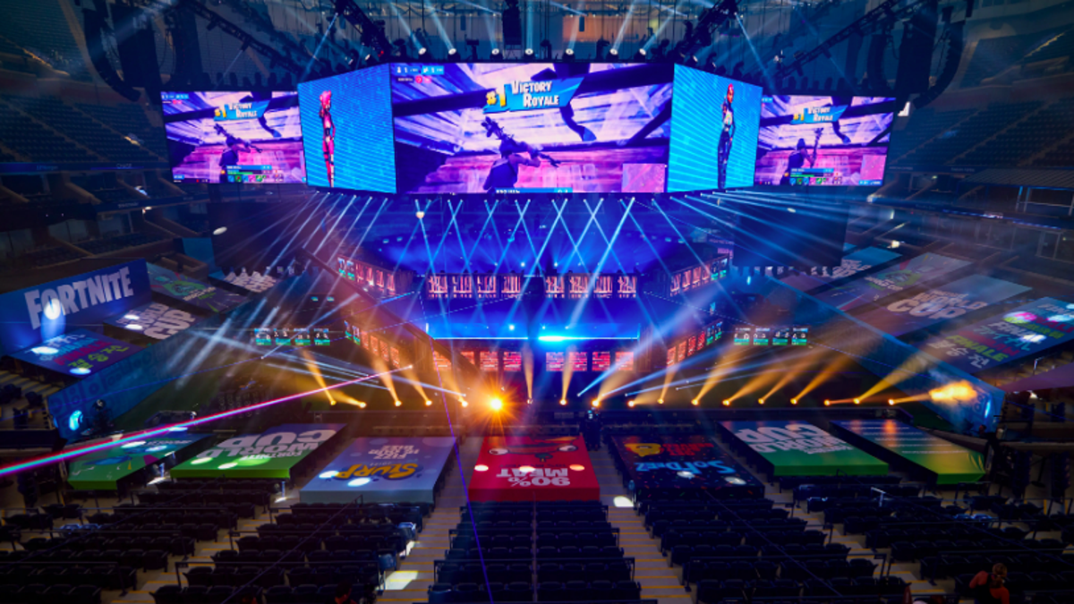 Fortnite World Cup Crowd Cheers Defeat Of Notorious Cheater
