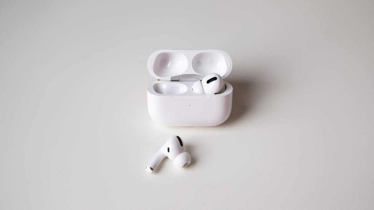 Looks Like We May See Redesigned AirPods and Smaller AirPods Pro in 2021