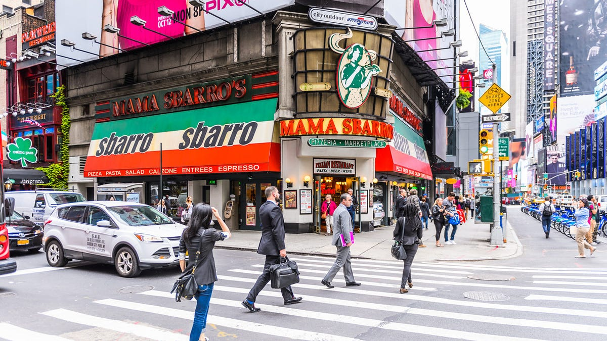 Sbarro closes its Times Square location, finally giving us a reason to write about Sbarro