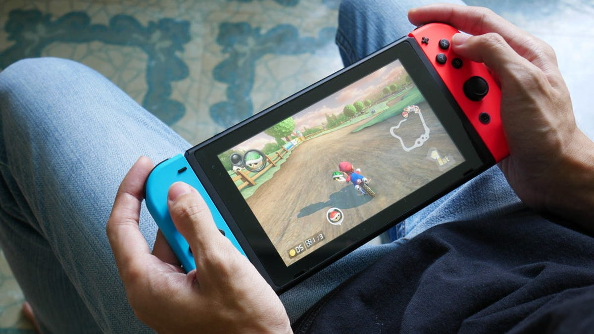 How to Send Nintendo Switch Screenshots to Your PC or Phone