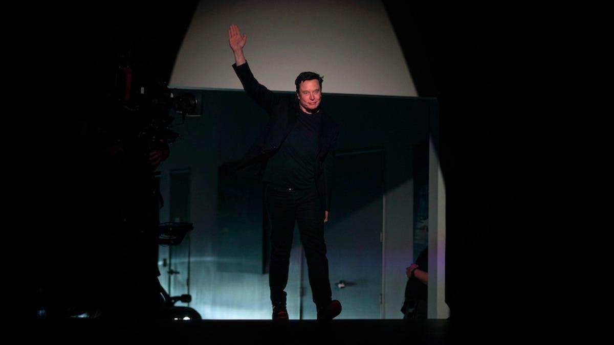 Elon Musk afirma que tiene dudas sobre los beneficios de Twitter y se va de la red social (otra vez)