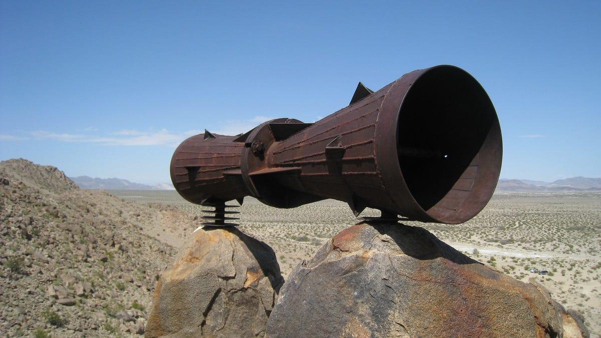 Lo llaman el Megáfono de Mojave, pero nadie sabe para qué sirve