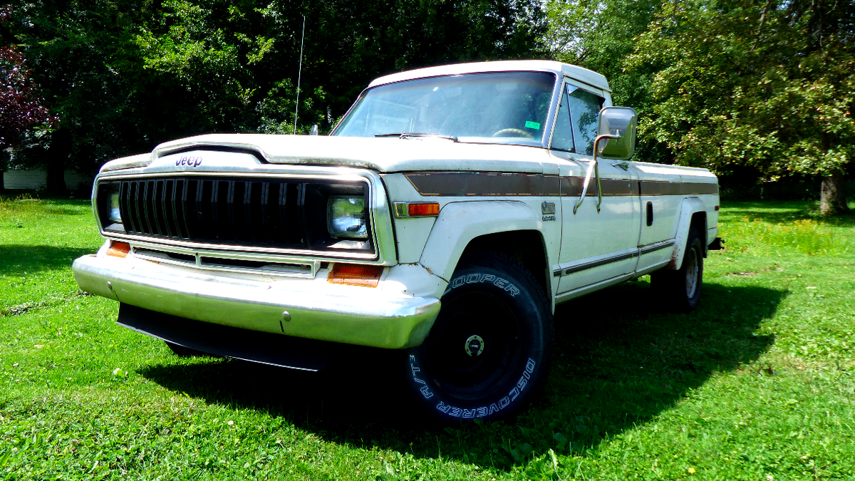 These Incredibly Slow Cars Have Better Power-To-Weight Ratios Than My Jeep J10