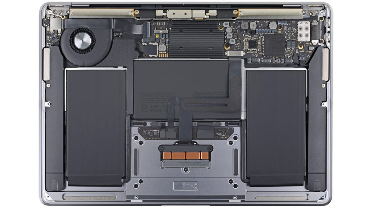Apple Not Only Fixed the New MacBook Air's Keyboard, It Also Made the Laptop Easier To Repair