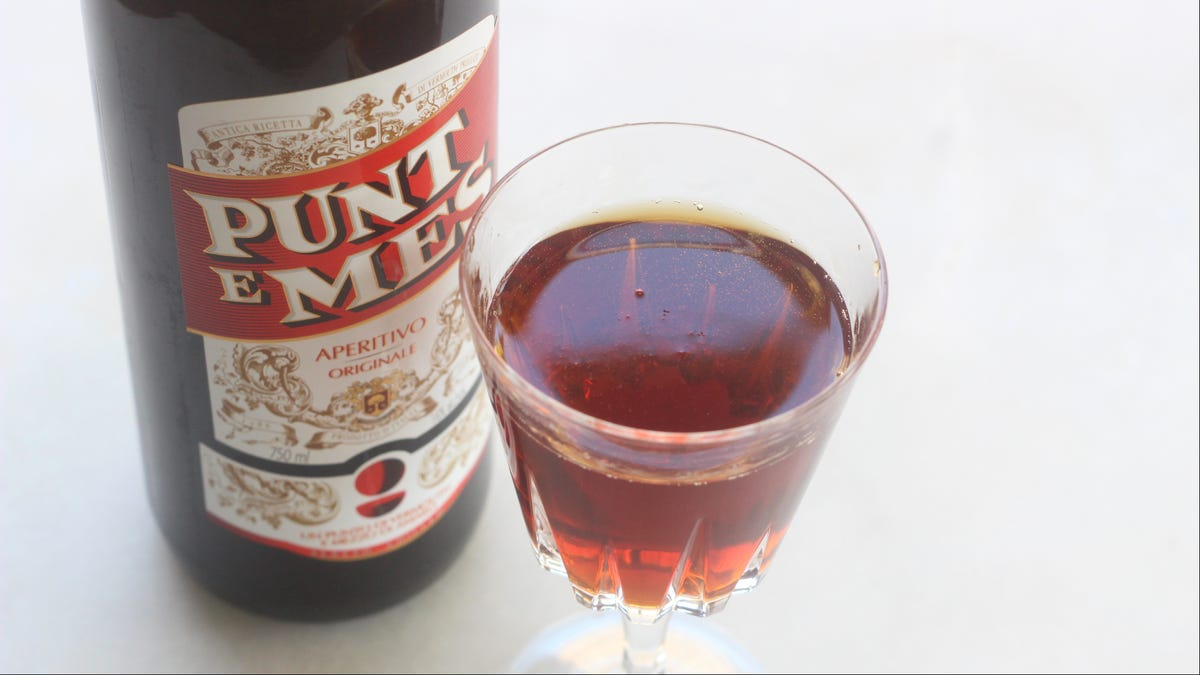Make a Better Manhattan With Punt e Mes