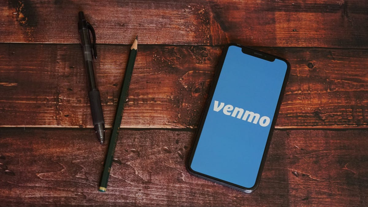 How to Cash Checks in Venmo Without a Bank Account