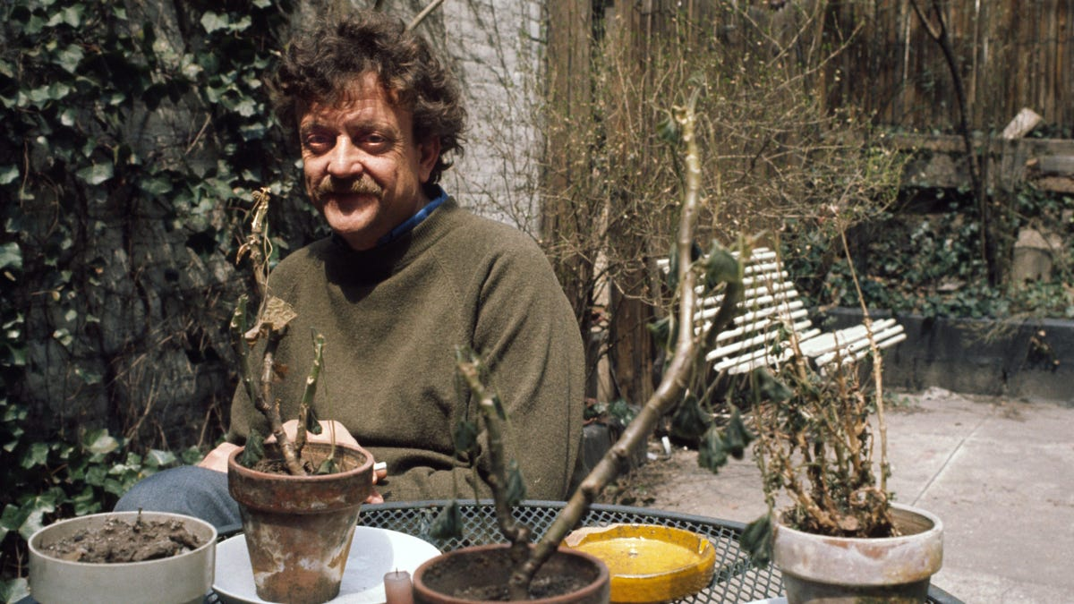 Use Kurt Vonnegut's Happiness Trick