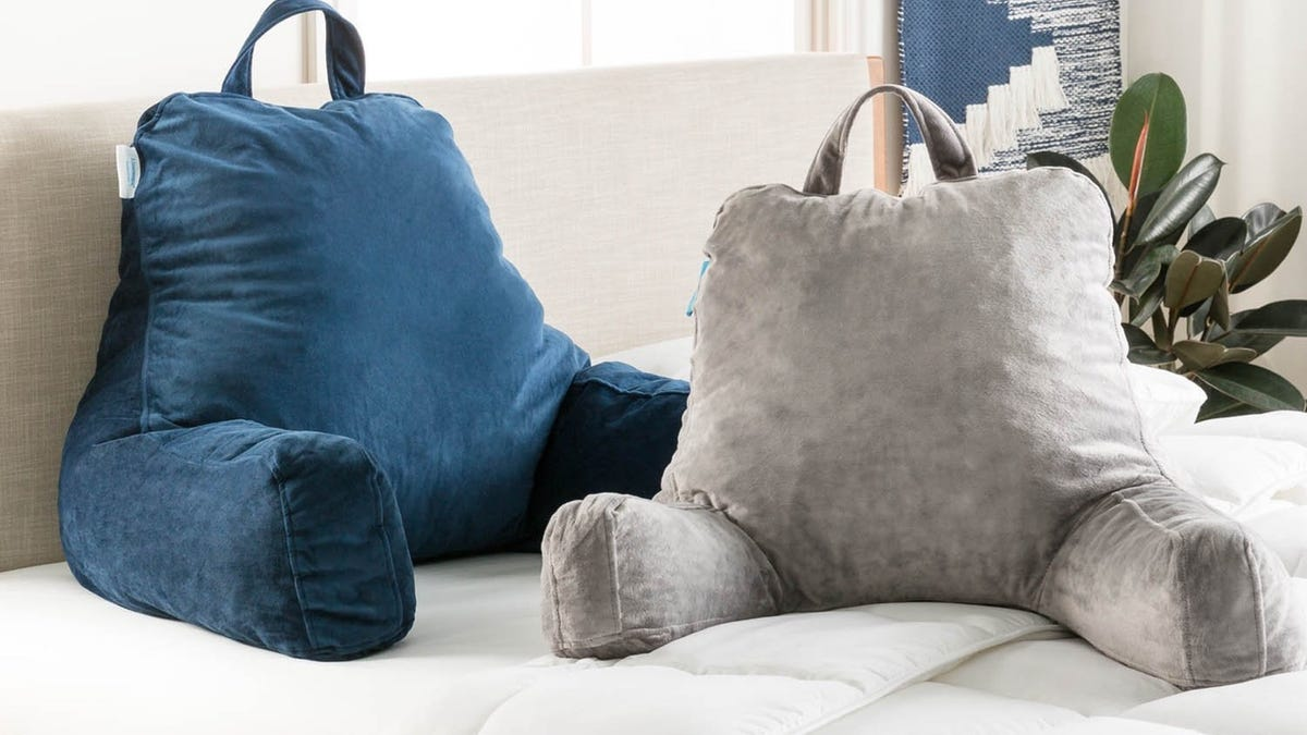 Take a Break With a Discounted Reading Pillow and Weighted Blanket, Today Only