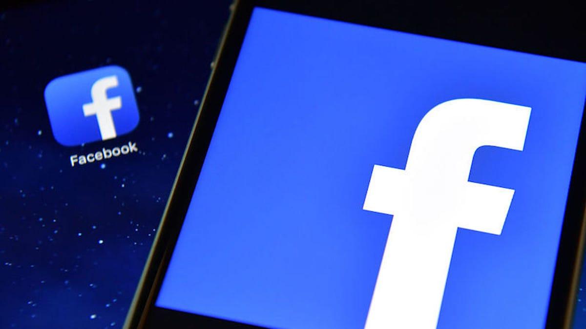 Facebook Is Sliding Into Instagram's DMs. Literally. – Gizmodo