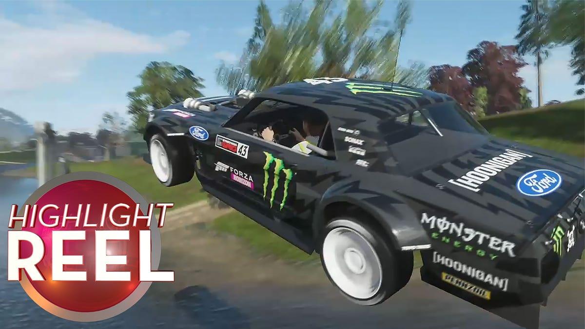 Forza Car Glides Gracefully Through Arch