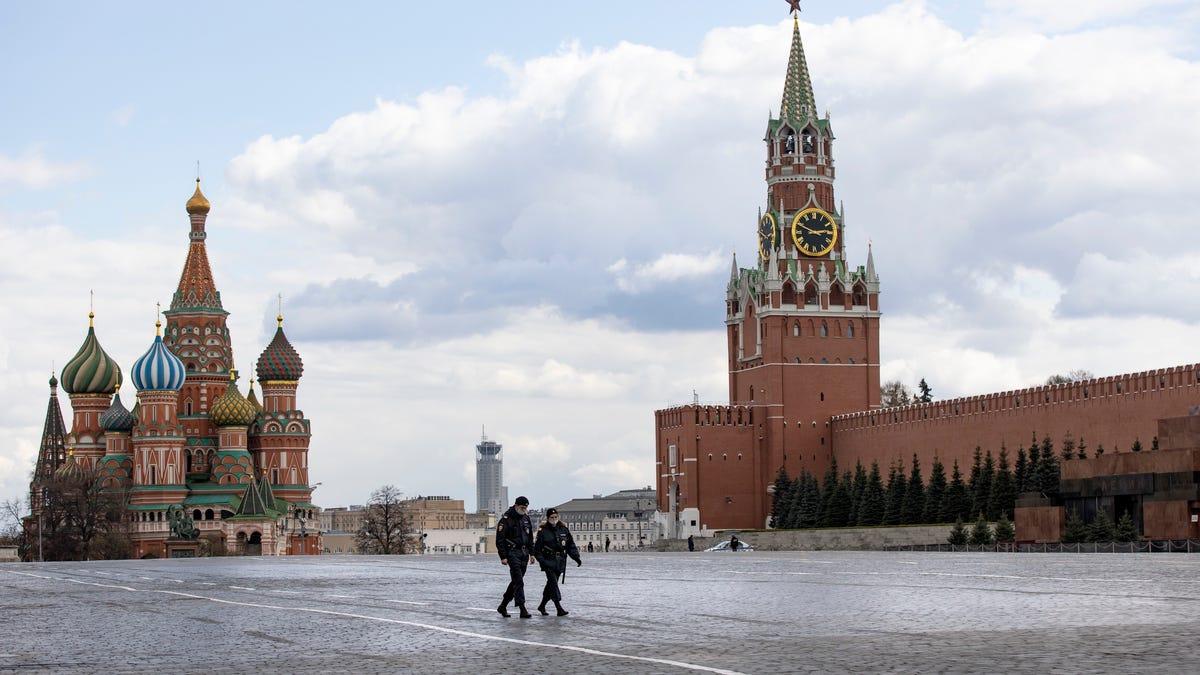 Médicos rusos caen por las ventanas de hospitales durante la pandemia