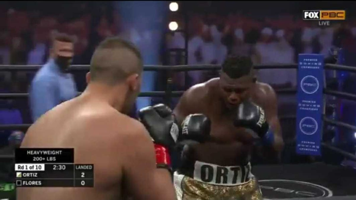The Luis Ortiz-Alexander Flores fight was the most ridiculous boxing match you'll ever see