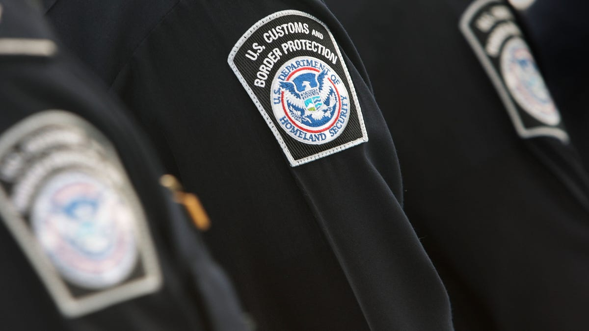 Woman Sues Border Agents to Make Them Return Data They Seized From Her Phone