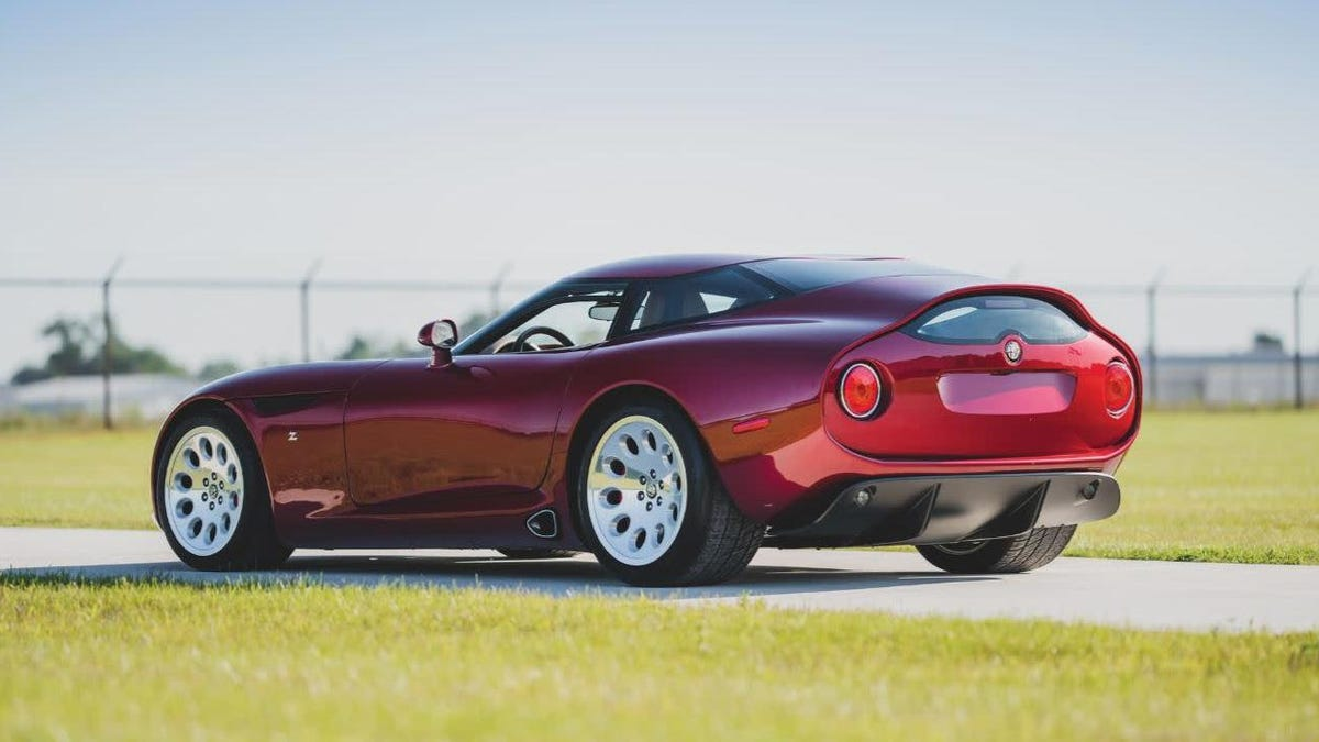 I Weirdly Don't Love This Alfa Romeo/Zagato/Dodge Viper Bastard Car As Much As I Should