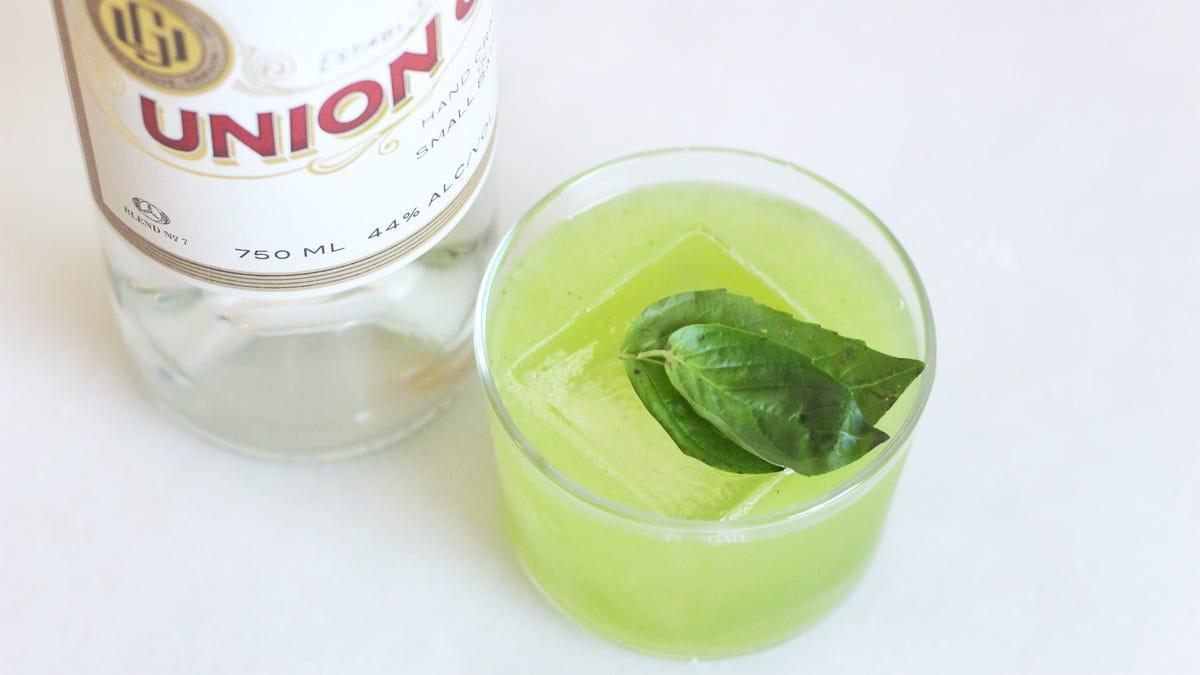 Combat Bad Winter With a Basil Gin Lemonade