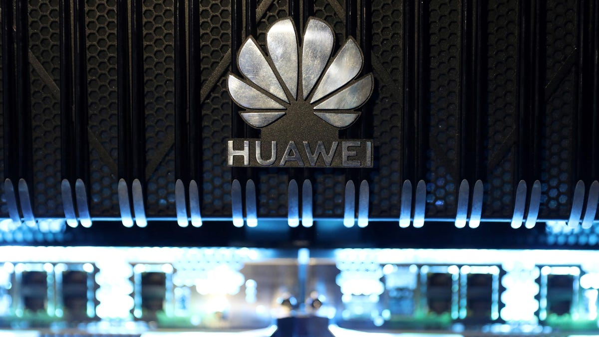 Trump Approves Bill Barring Rural Telecom Carriers from Relying on Huawei, ZTE Equipment