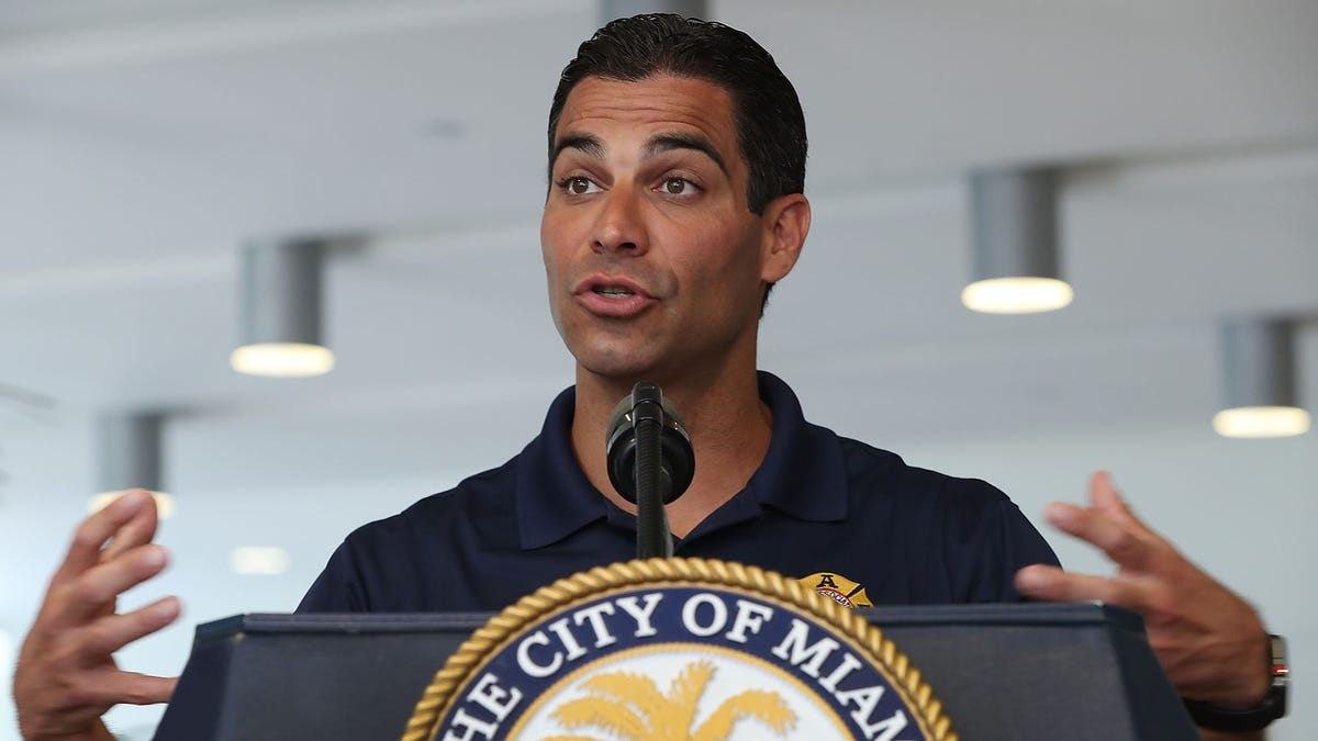 Miami Mayor Suggests Citizens May Be Able To Resume Grinding On Each Other By July 1 - the onion