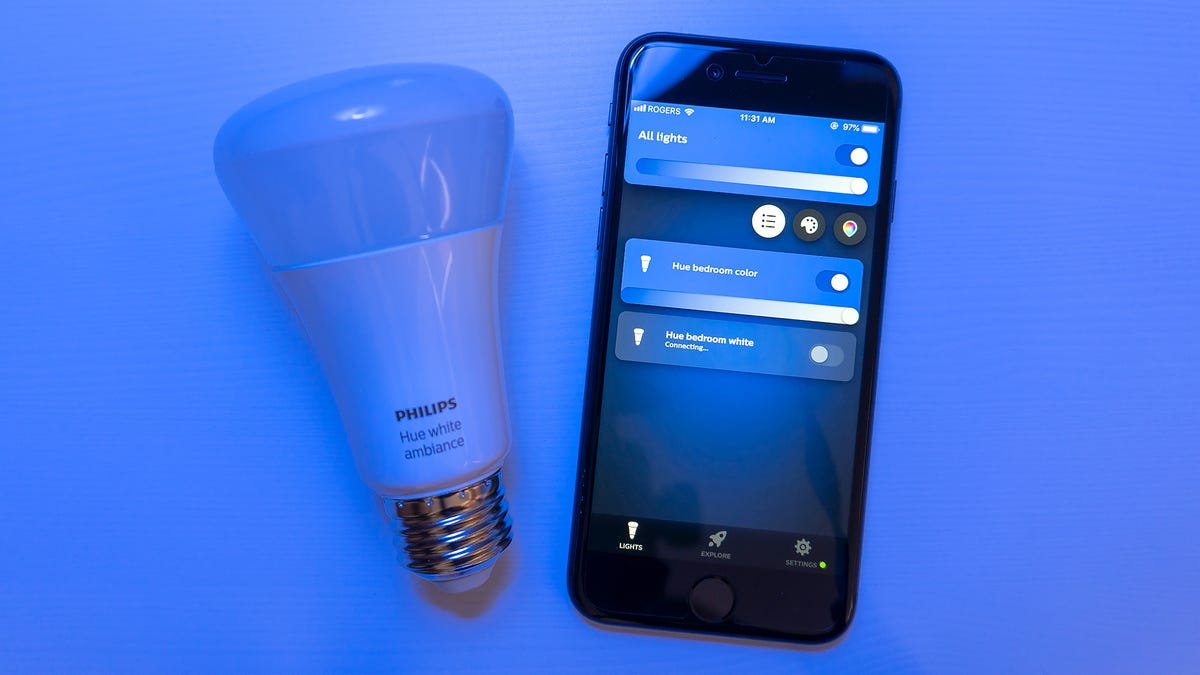 New Phillips Hue Smart Light Hack Uses Old Chain Reaction Vulnerability thumbnail