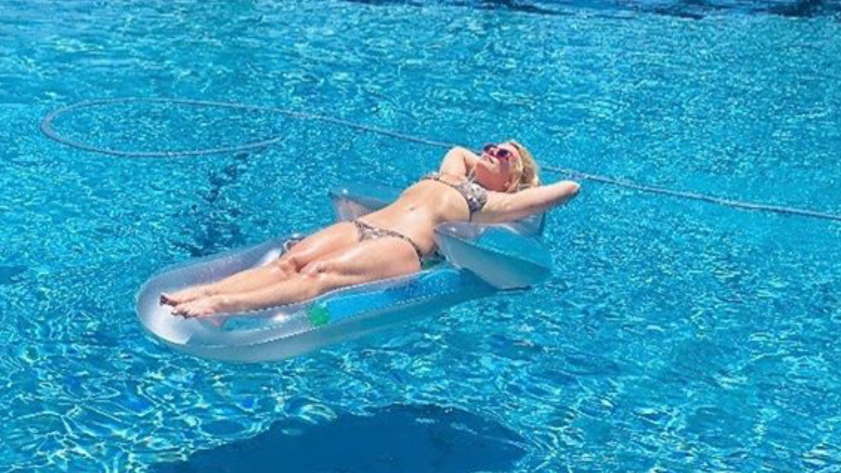 Let's Check In Again With Britney Spears, in Self-Isolating Repose