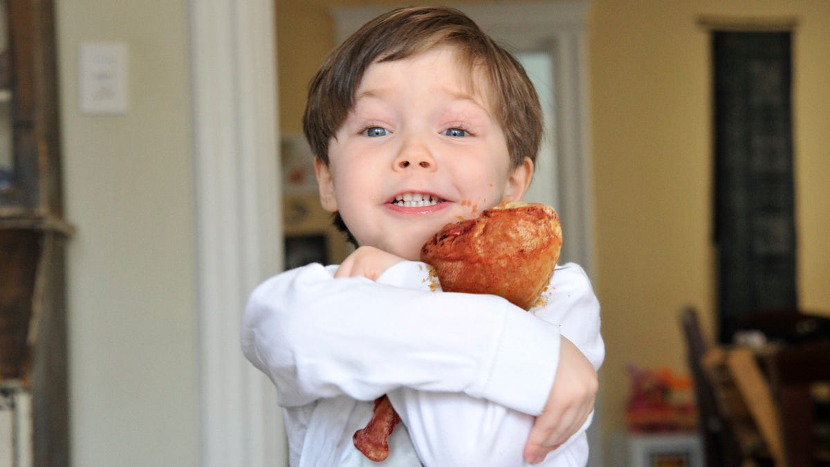 Child Decides To Become Vegetarian After Forming Close Friendship With Roasted Turkey Leg