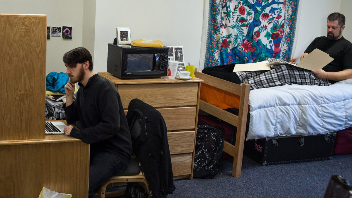 College Freshman Annoyed About Having To Room With 47-Year-Old Adjunct Professor