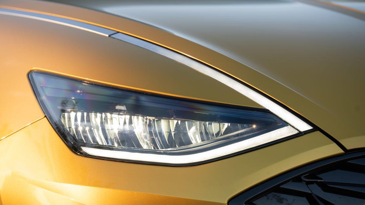 IIHS Is Cracking Down On Headlight Quality