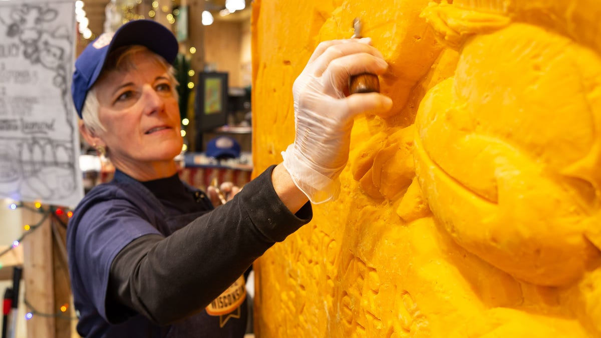Michelangelo of cheddar to create next masterpiece in New Jersey supermarket
