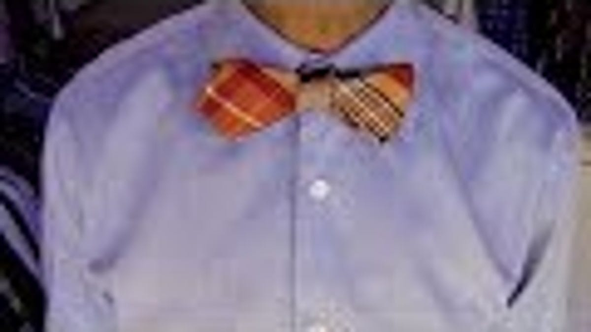 The Easiest Way to Tie a Bow Tie
