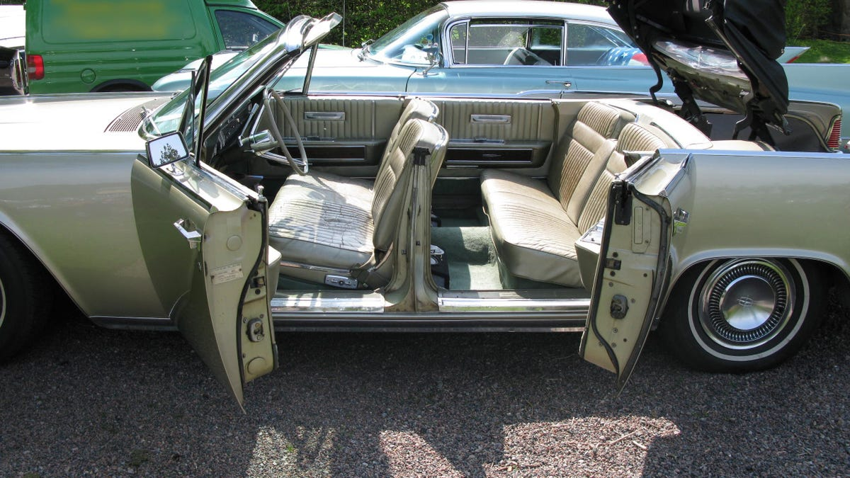 Which Car Did Suicide Doors Best?
