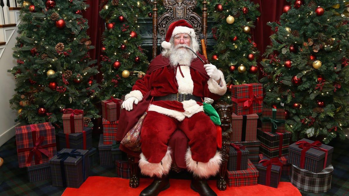 Damn, Even Santa Claus Has Covid-19