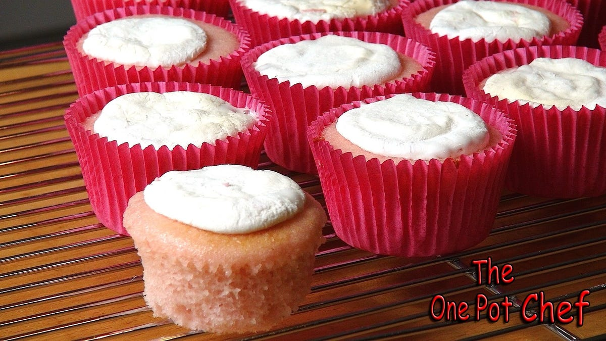 Bake the Easiest Cupcakes Ever with This Two-Ingredient Recipe