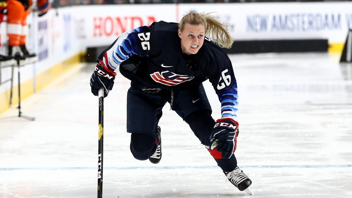 Kendall Coyne Scholfield: I Was Wrong About Colin Kaepernick