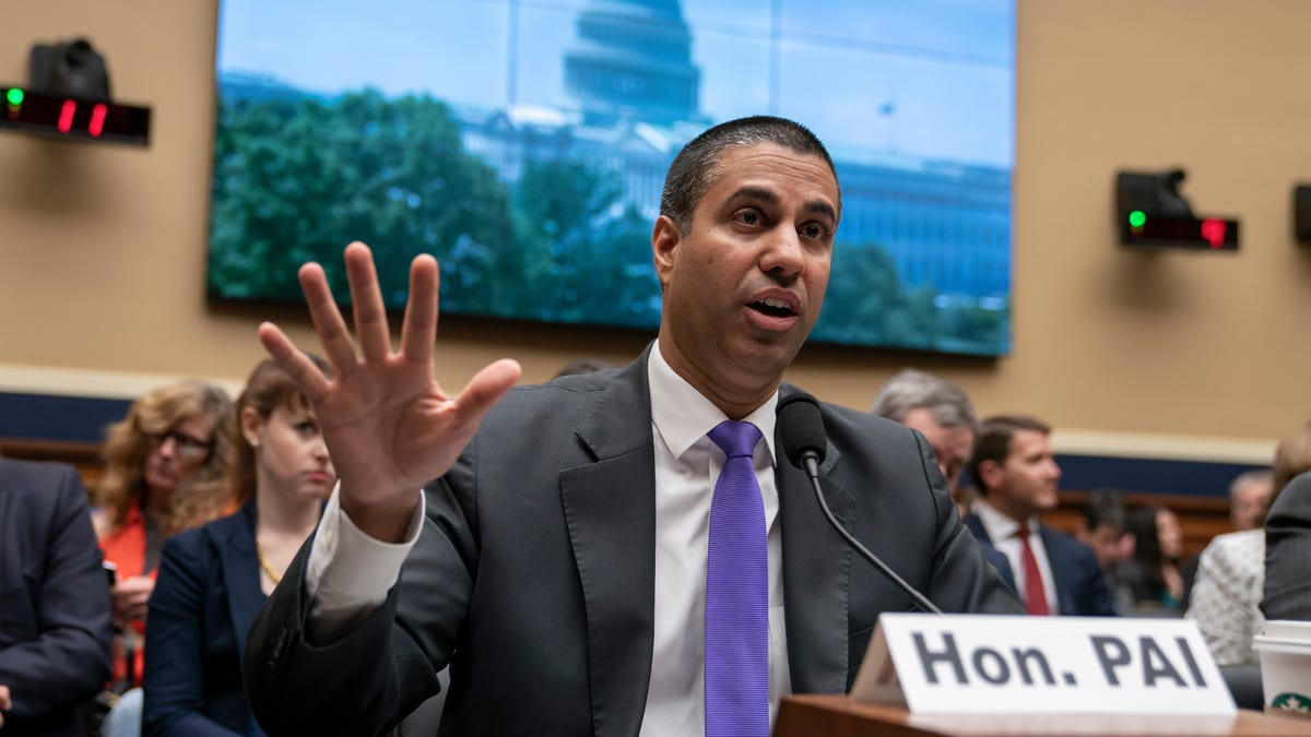 FCC Urged to Enforce Strict 5G Security Standards for All Wireless Carriers